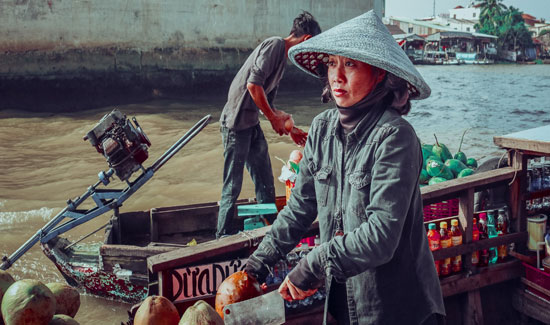 Dang hinh anh Kho khan trong viec phat trien cong dong tai Viet Nam Hau qua tu chien tranh va cam van - Khó khăn trong việc phát triển cộng đồng tại Việt Nam